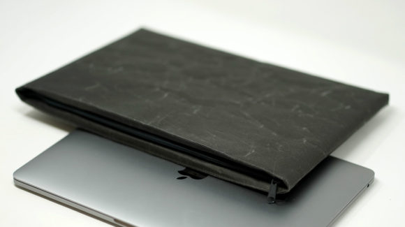 SIWAのPCタブレットケース新サイズ「33×23」、MacBook Pro13インチやMacBookAir13インチに対応