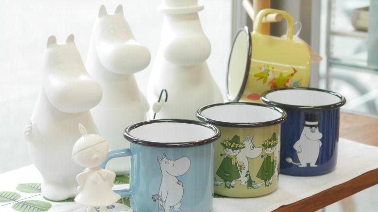 北欧のメーカーが作る、ムーミンのオブジェやホーローマグカップ
