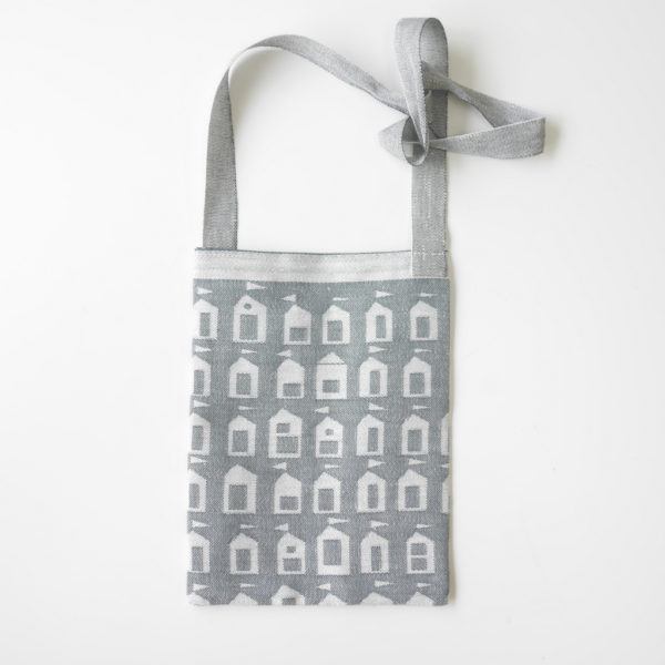 Beach House Flat Bag / white-grey(LAPUAN KANKURIT ラプアンカンクリ)