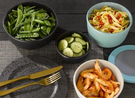 保存容器を上手く使って時短料理、そのまま食卓に出せるデザイン。mepal サーキュラ マルチボウル
