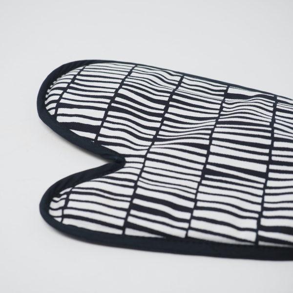 キッチンミトン zibidie ブラック(10-GRUPPEN ティオグルッペン)
