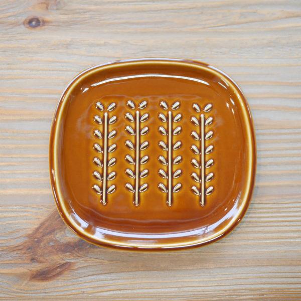美濃焼 miyama 深山 パン皿 crust クラスト/小枝柄 飴釉