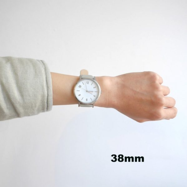 innovator イノベーター 腕時計 ソーラーウォッチSOLKRAFT グレー×シルバー 38mm