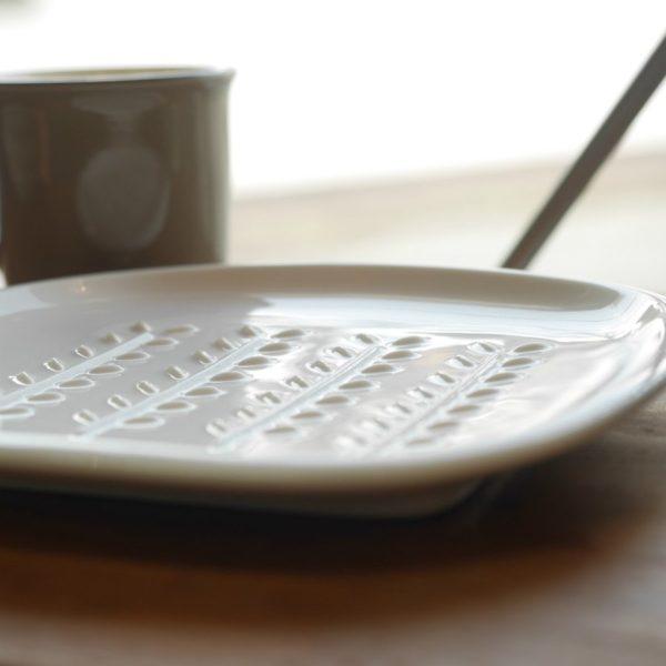 美濃焼 miyama 深山 パン皿 crust クラスト/小枝柄 アイボリー